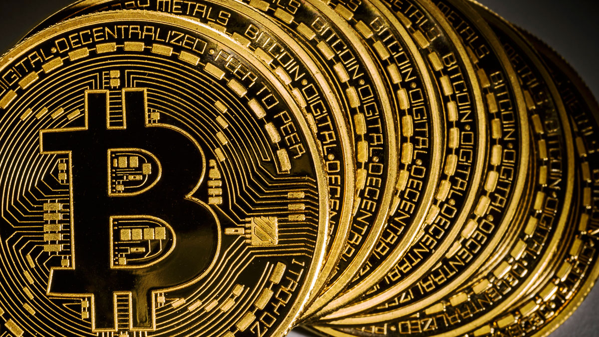 Bitcoin falls 25%, amid investors fear of increased Government regulation